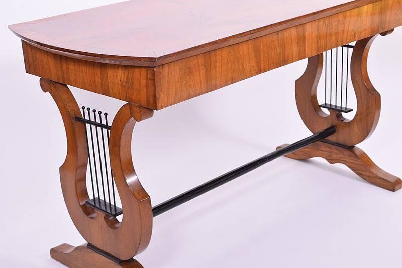 Restaurierung Antiker Möbel Möbelrestaurator Köln Solingen Remscheid